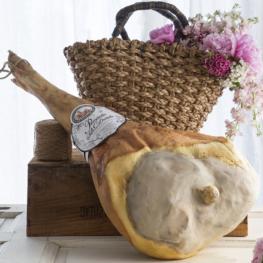 Prosciutto crudo di San Daniele Prolongo intero con osso